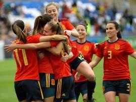 España ha empezado a preparar el Mundial de Francia con buen pie. EFE