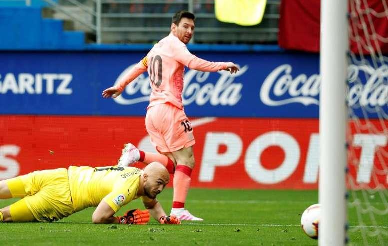 Leo Messi a marqué un doublé qui le rapproche du Soulier d'Or. EFE