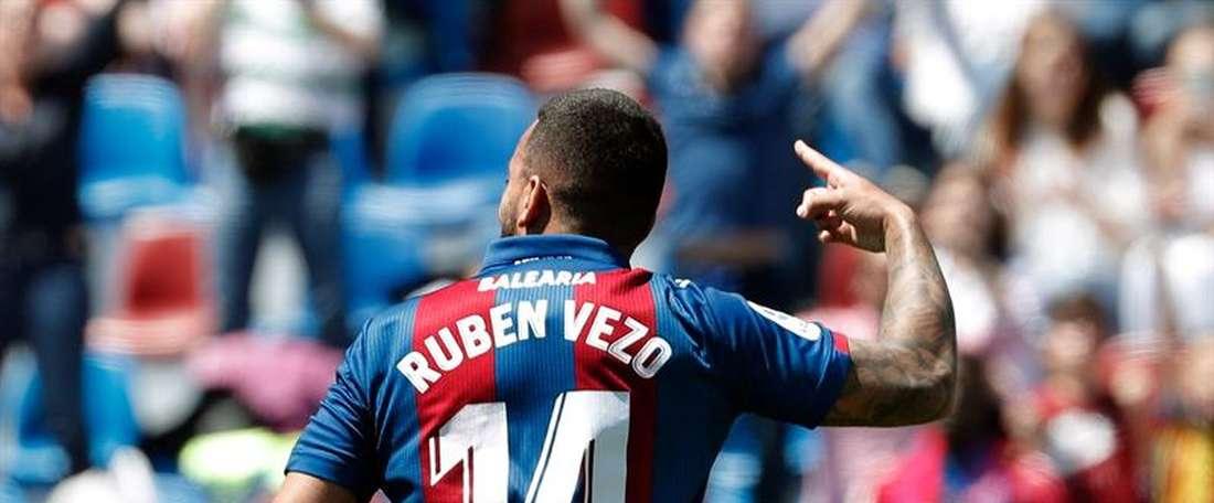 Valence ne laissera pas Vezo partir à Levante. EFE