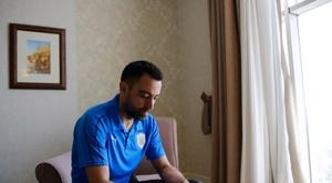 Xavi, ante su último partido. EFE