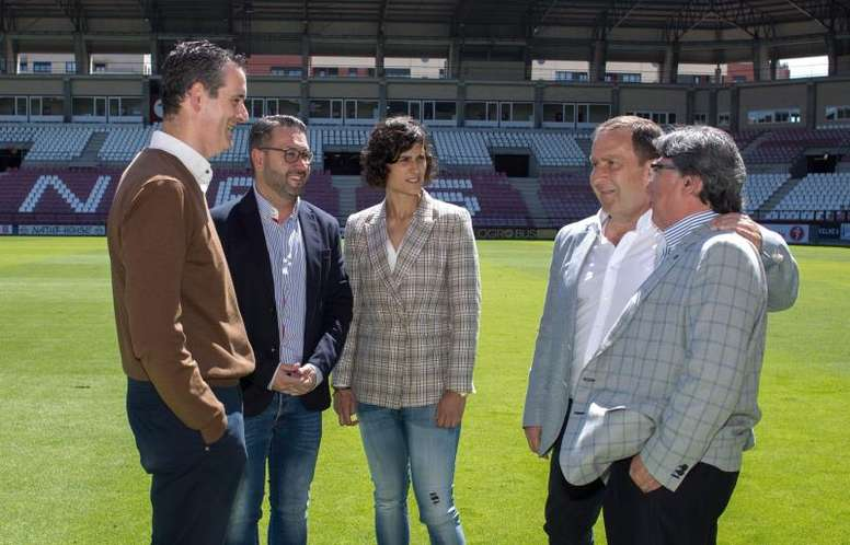 España se despedirá y pondrá rumbo al Mundial Femenino en Las Gaunas. EFE