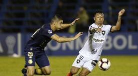 Leonardo Valencia está en la agenda de Colo Colo. EFE