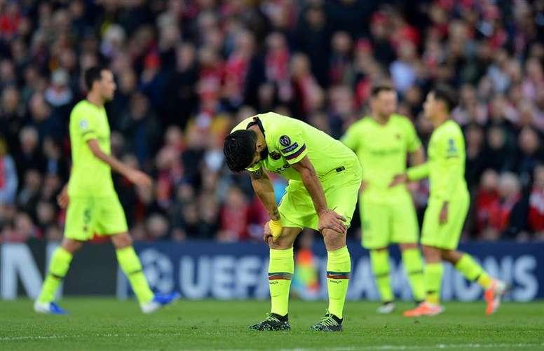 El Barcelona afrontará grandes cambios tras un año extraño en el que pasó del todo a casi nada. EFE