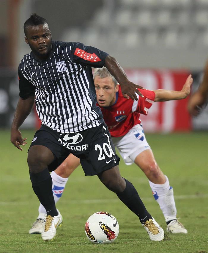 Montaño debutó hace 13 años en la Primera División peruana. EFE
