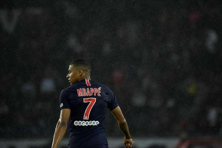 Mbappé reportedly wants to join Real Madrid this summer. EFE