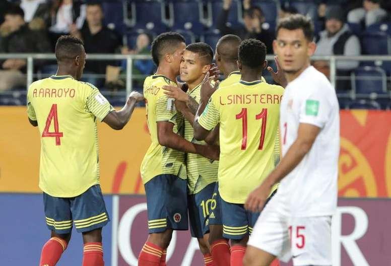 Colombia golea al ritmo del 'Cucho'. EFE