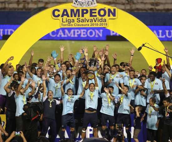 Motagua doblegó a Olimpia y se proclamó bicampeón de Honduras. EFE