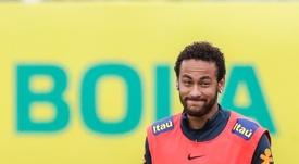 Las portadas de Barcelona especulan con el futuro de Neymar. EFE
