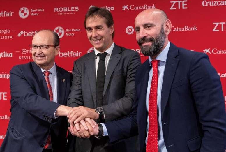 Monchi dio con la tecla para formar un Sevilla competitivo. EFE