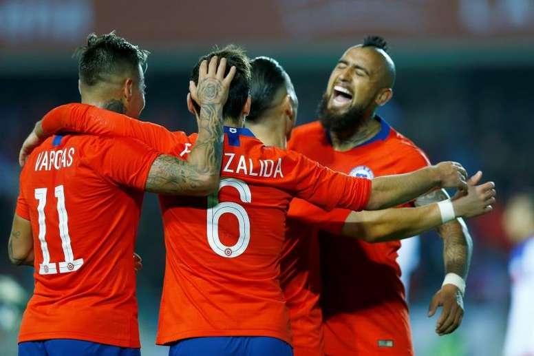 Arturo Vidal es uno de los dos chilenos presentes en el once histórico de la Copa América. EFE