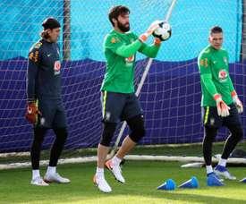 Ederson praises fellow Brazilian Alisson. EFE