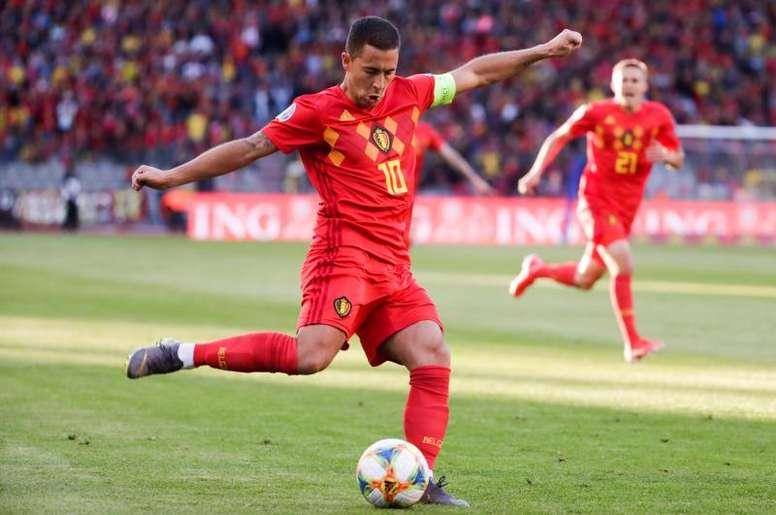 Hazard garante que não pode ser comparado com Messi. EFE