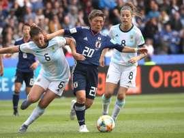 Argentina logró su primer punto en un Mundial frenando a Japón. EFE