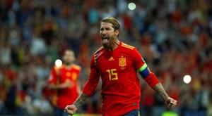 Sergio Ramos célèbre son but face à la Suisse au stade Santiago Bernabéu. EFE