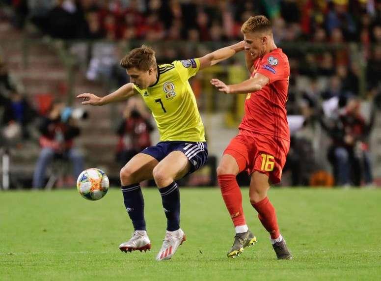 Borussia Dortmund midfielder Hazard ruled out with rib injury. EFE