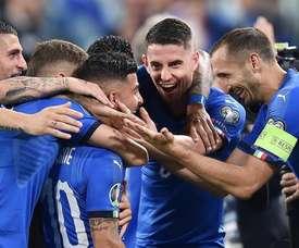 Italia gana a Bosnia por 2-1. EFE