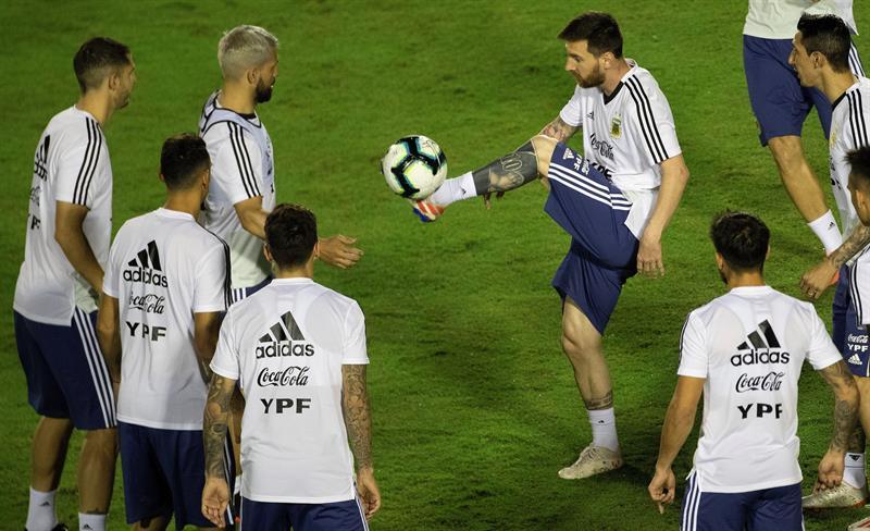 Ça commence mal pour l'Argentine — Copa America