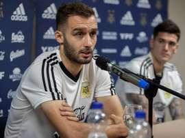 Pezzella confía en el liderazgo de Leo Messi. EFE