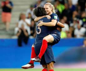 Hosts France are one of the favourites to lift the trophy this summer. EFE