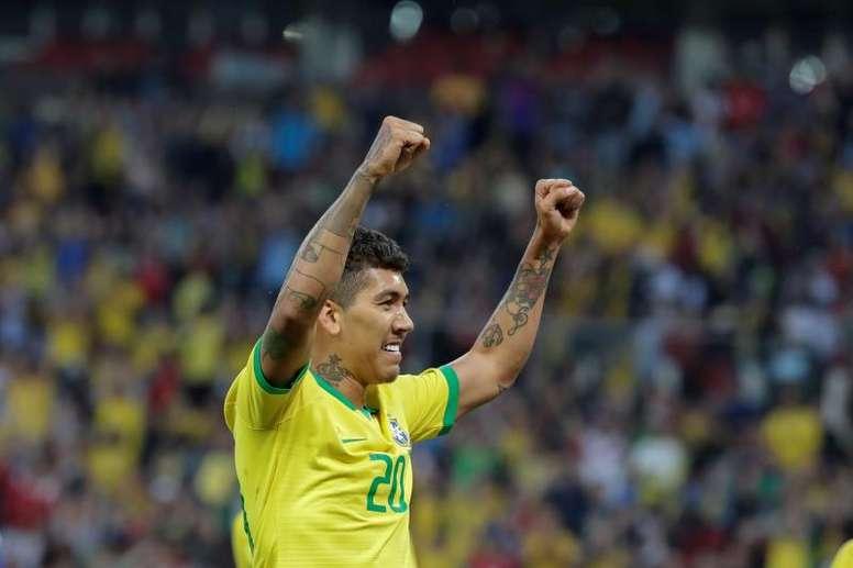 Menos del 40% de brasileños se ve favorito en su Copa América. EFE