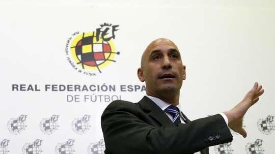 Rubiales llevará la voz cantante; junto a él estará Molina. EFE