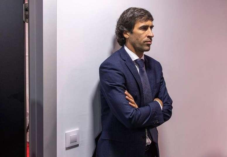 Raúl González destacó su ética como entrenador. EFE