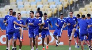 Paraguay no dio pistas sobre su once. EFE