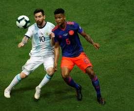 Messi, muy marcado por Colombia. EFE