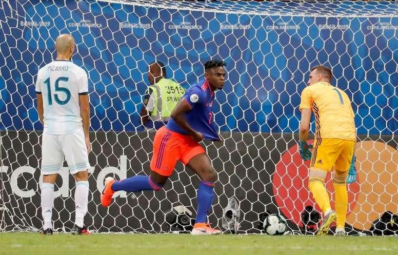 Zapata interesa al Inter de Milán. EFE