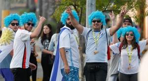Gran ambiente en los prolegómenos del Uruguay-Ecuador. EFE