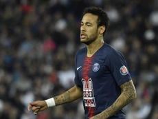 Barcelona remain coy over Neymar links