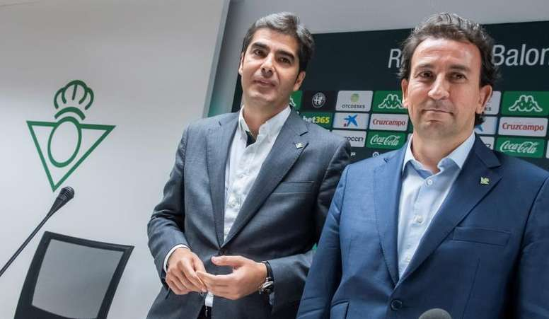 José Miguel López Catalán espera que Rubi de entrada a los canteranos en la próxima temporada. EFE
