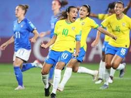 Marta, máxima goleadora de la historia de los Mundiales femeninos y masculinos. EFE