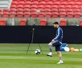 Messi dévoile ses nouveaux crampons. EFE