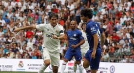 Raúl y Morientes aún golean como antes. EFE