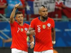 Alexis y Vidal, presentes en el entrenamiento de Chile