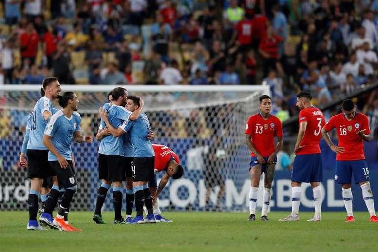 Uruguay prepara los cuartos sin Laxalt. EFE