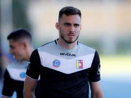 Mago pone sus esperanzas en la última victoria sobre Argentina. EFE