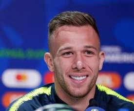 Le Barça veut toujours sacrifier Arthur pour Pjanic. EFE