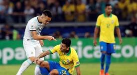 Lautaro se sumó a las críticas al arbitraje. EFE/AntonioLacerda