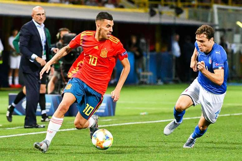 Tottenham are in talks over signing Dani Ceballos. EFE