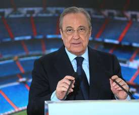 Florentino gives James and Keylor a special mention in the Assembly. EFE