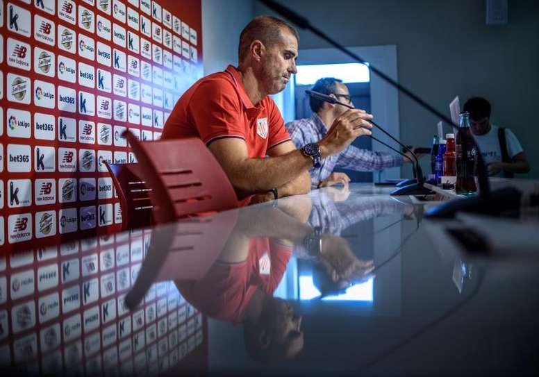 El técnico analizó las normas. EFE/Javier Zorilla