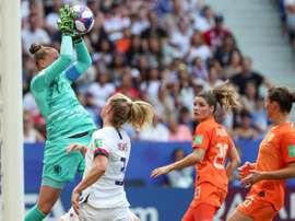 La guardameta de Holanda fue la mejor del torneo. EFE