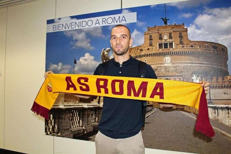 Pau López pasó el reconocimiento médico con el Roma. EFE