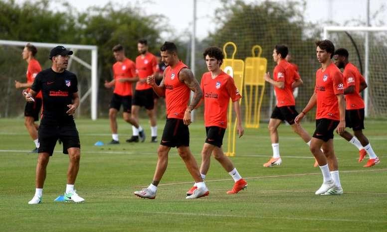 Simeone insiste en el 4-4-2 con Renan Lodi y Joao Félix: EFE