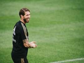 Ramos a Hierro en ligne de mire. EFE/Johany Jutras