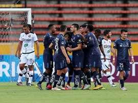 Universidad Católica hace gala de su fútbol práctico ante IdV. EFE/Archivo