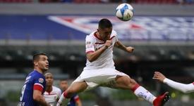 Osvaldo González afronta con ilusión su tercera etapa en la 'U'. EFE/JoséMéndez