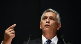 Paco Zas se plantea dimitir. EFE